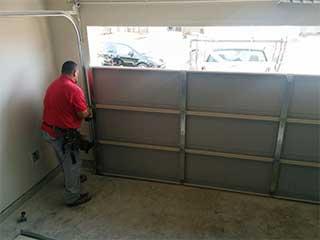 Professional Garage Door Repairs Near You In Arlington